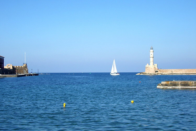 Chania: Exit of the old Venetian port